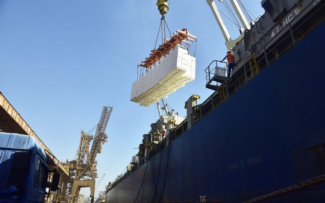 Celulose já é o terceiro produto mais exportado pelo Paraná